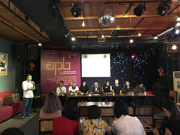 Các nghệ sĩ hào hứng chia sẻ về Liên hoan