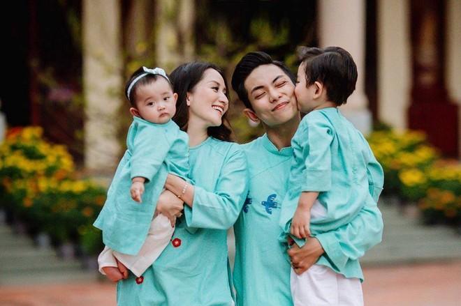 Vợ chồng Khánh Thi đã có với nhau hai con - một con trai là bé Kubi và một con gái là bé Anna