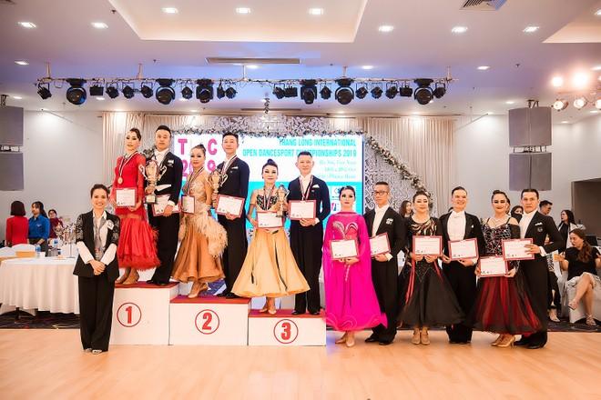 """Phan Hiển hạnh phúc khi giành chức vô địch ở giải đấu """"Dance-sport Thăng Long mở rộng lần thứ 6"""""""