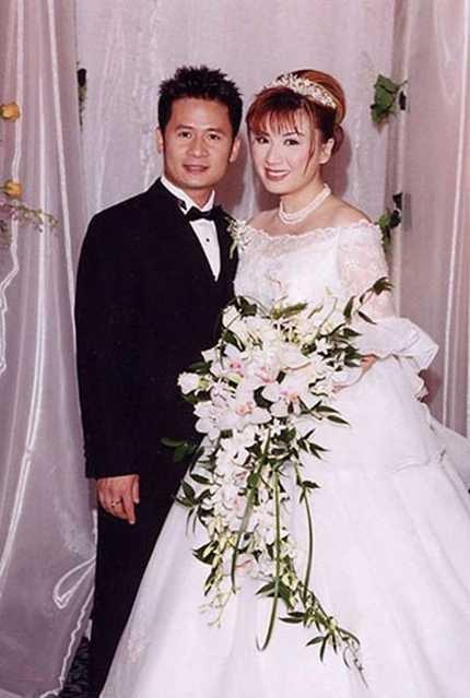Bằng Kiều và Trizzie Phương Trinh cưới nhau năm 2002