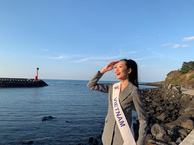 """Tiết lộ đặc biệt về cô gái Việt đăng quang """"Hoa hậu Sinh viên Thế giới 2019"""""""