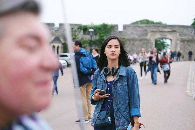 Chân dung người đẹp từng đi xuyên Việt từ năm 3 tuổi