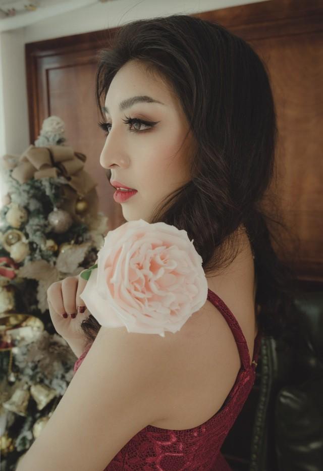 Người đẹp Lê Thanh Tú chia sẻ hậu trường các cuộc thi nhan sắc