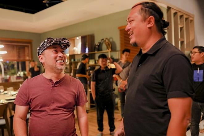 Đạo diễn Nguyễn Quang Dũng và nhà sản xuất Phan Gia Nhật Linh