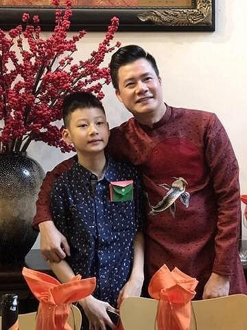 Quang Dũng và cậu con trai chung của anh với Jenifer Phạm - bé Bảo Nam