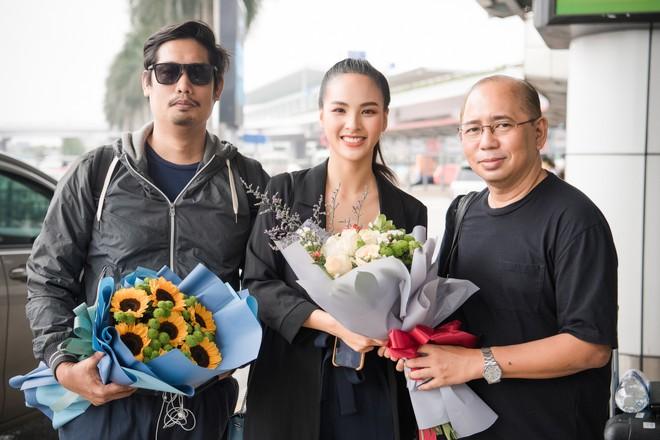 """Đại diện nhan sắc Việt tại """"Miss Charm 2020"""" được """"phù thủy"""" sắc đẹp quốc tế đào tạo"""