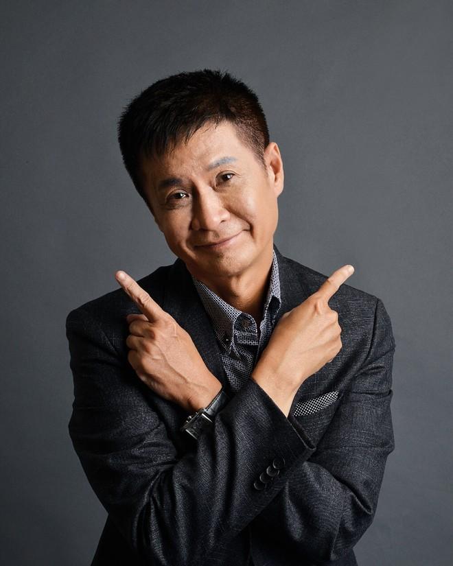 """Đạo diễn Lê Hoàng và danh hài Thúy Nga """"mổ xẻ"""" mặt trái của mạng xã hội"""