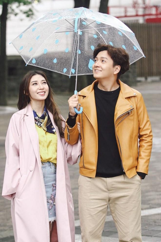 """Vượt qua nhiều sóng gió, Ngô Kiến Huy và Khổng Tú Quỳnh đã có quãng thời gian gần 8 năm bên nhau để rồi cuối cùng vẫn """"đường ai nấy đi""""..."""
