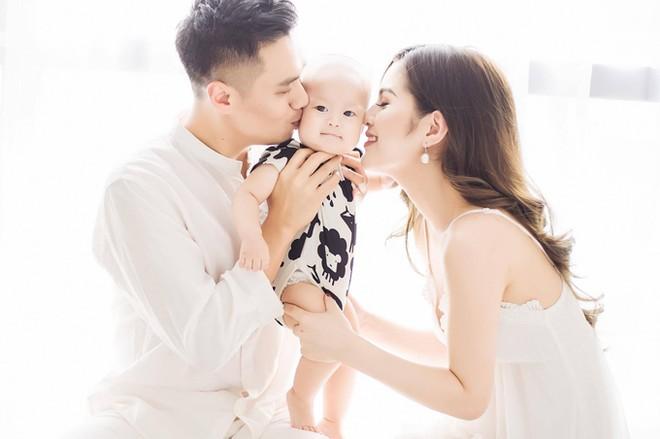 """Việt Anh và người vợ thứ 2 chính thức ly hôn vào giữa năm 2019. Cả hai """"đường ai nấy đi"""" sau khi đã có với nhau một cậu con trai kháu khỉnh."""