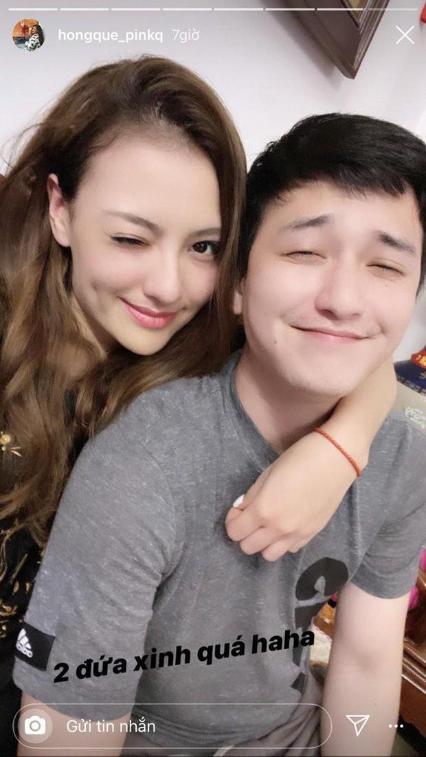 Hồng Quế chia sẻ hình ảnh ghi lại khoảnh khắc thân thiết với Huỳnh Anh