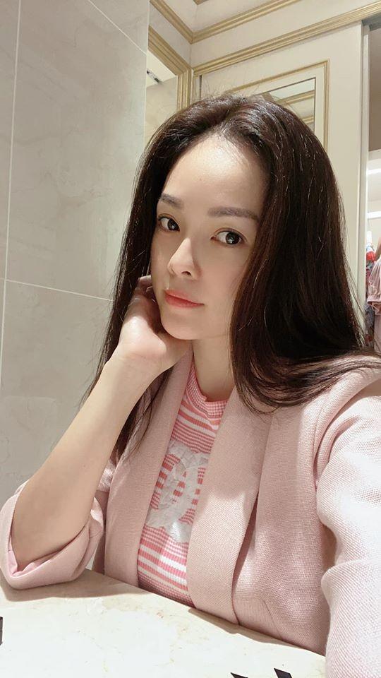 Dương Cẩm Lynh thấy hãnh diện vì được cho là có nhiều nét tương đồng với Song Hye Kyo