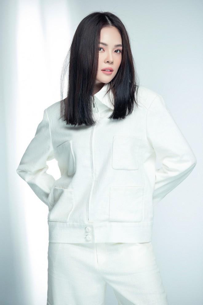 """Người đẹp Việt được ví như """"bản sao"""" của Song Hye Kyo là ai?"""