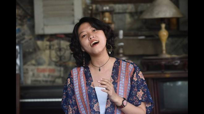 Ca sĩ trẻ Hoàng Trang