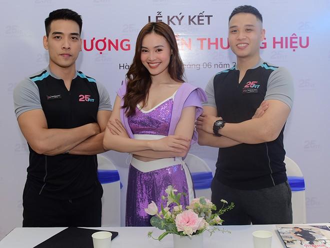 """Lan Ngọc đang là gương mặt """"ngọc nữ"""" sáng giá bậc nhất được """"săn đón"""" trong showbiz Việt ở thời điểm hiện tại"""