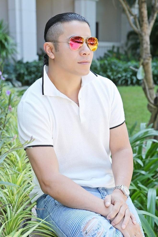 Kasim Hoàng Vũ đột ngột rút lui khỏi showbiz Việt khi đang ở đỉnh cao sự nghiệp