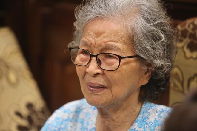 """NSƯT Hoàng Yến - bà mẹ trong phim """"Của để dành"""" qua đời"""