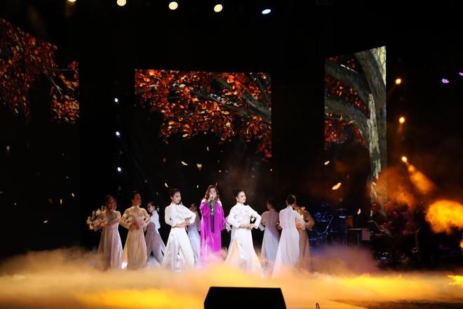 Minh Chuyên trở lại Hà Nội và hát trong đêm nhạc