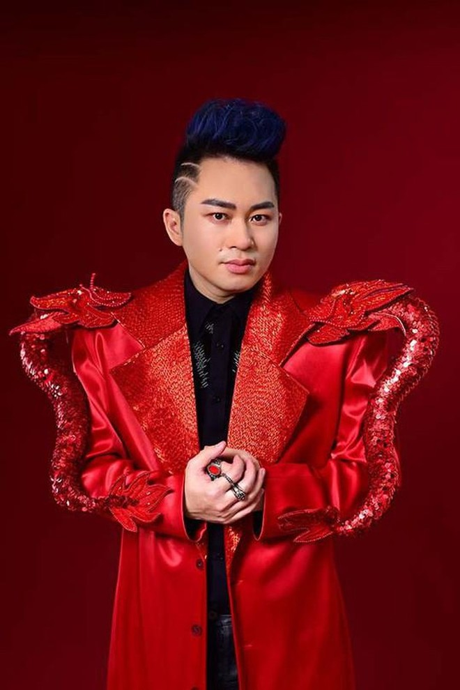 """Tùng Dương """"xin"""" được chấm bán kết """"Giọng hát hay Hà Nội"""""""