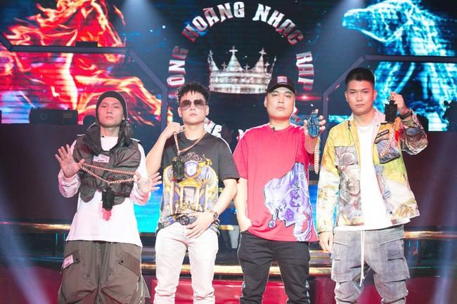"""4 Rapper đảm nhận vai trò giám khảo tại """"King of Rap"""""""