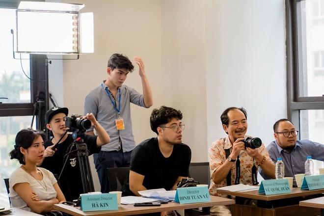 """Đạo diễn Đinh Tuấn Vũ tại buổi casting phim """"Viên đạn cuối cùng"""""""
