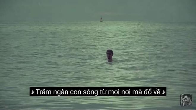 """Hình ảnh MV """"Hai triệu năm"""" của Đen Vâu..."""