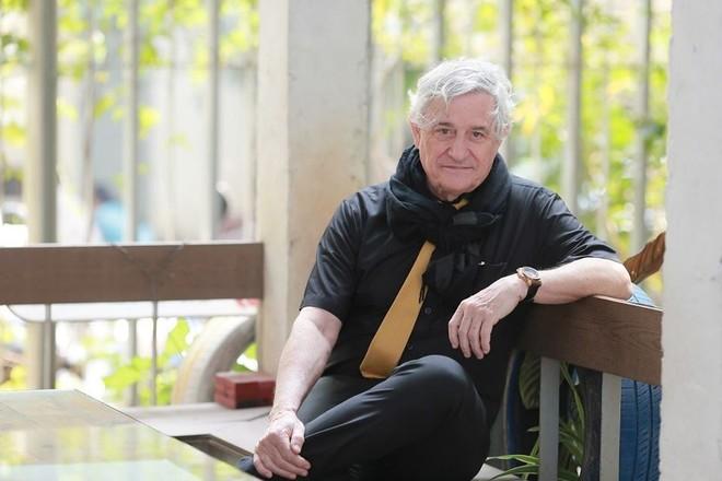 Kiến trúc sư Salvador Pérez Arroyo