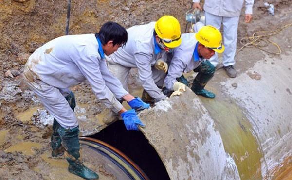Đường ống nước sông Đà liên tục gặp sự cố gây bức xúc dư luận