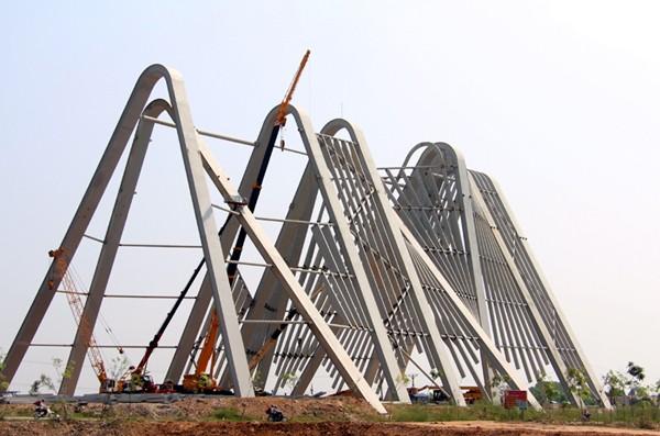 Công trình cổng chào tỉnh Quảng Ninh có tổng mức đầu tư 198 tỷ đồng bị dư luận đánh giá là lãng phí