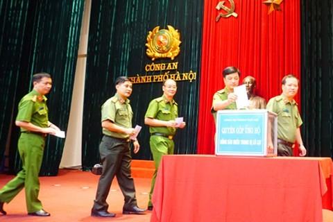 CATP Hà Nội quyên góp ủng hộ đồng bào miền Trung bị ảnh hưởng bởi thiên tai