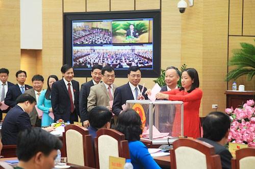 Công tác nhân sự luôn được thành phố Hà Nội đặc biệt quan tâm