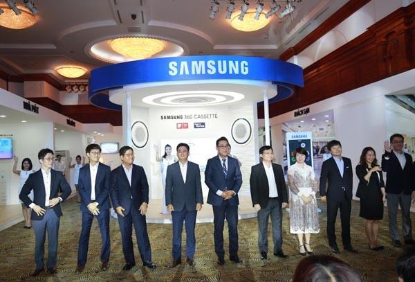 Lãnh đạo Samsung Vina cam kết kiến tạo những thay đổi thiết thực