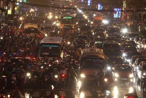 Ùn tắc giao thông thường diễn ra nghiêm trọng hơn vào dịp sát Tết Nguyên đán