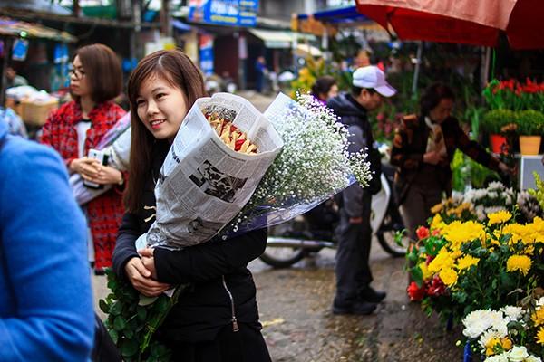 Những sắc hoa Tết ngập tràn phố phường Hà Nội ảnh 10
