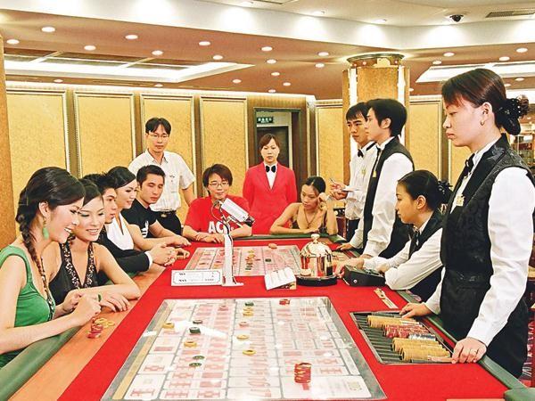 Sẽ thí điểm cho phép người Việt vào casino trong vòng 3 năm (ảnh minh họa)