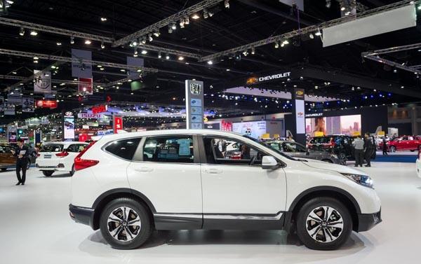 Honda CRV đại hạ giá gây sốc cho thị trường đúng dịp nghỉ lễ 2-9