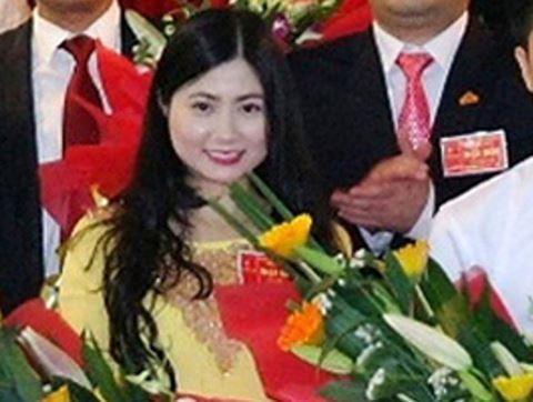 """""""Hot girl"""" xứ Thanh Trần Vũ Quỳnh Anh đã bị khai trừ ra khỏi Đảng"""