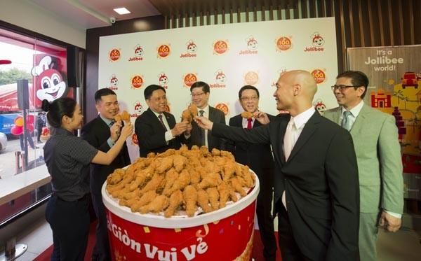 Jollibee vừa khai trương cửa hàng thứ 100 tại Việt Nam