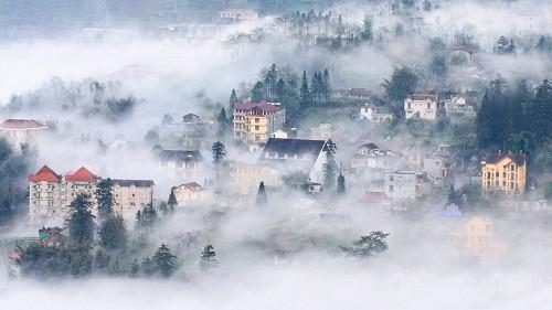 Dự báo thời tiết: Miền Bắc ấm lên vài độ, sương mù bao phủ lúc sáng sớm