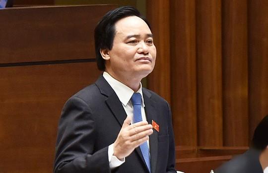 Bộ trưởng Phùng Xuân Nhạ nhận trách nhiệm sau những tiêu cực chấm thi THPT quốc gia ở Hà Giang, Sơn La