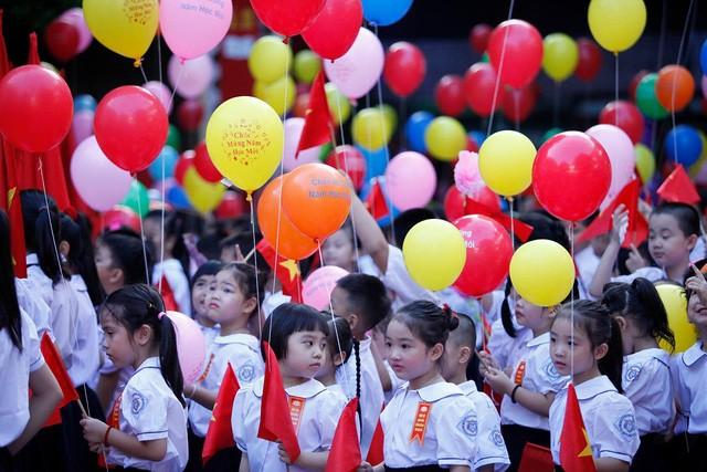 Trường học Hà Nội đồng loạt khai giảng năm học mới từ 7h30 sáng 5-9