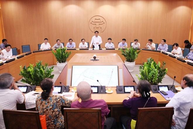 Chủ tịch UBND TP Nguyễn Đức Chung phát biểu tại một buổi tiếp công dân