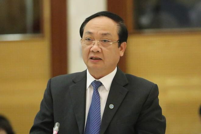 Phó Chủ tịch UBND TP Hà Nội Nguyễn Thế Hùng trả lời báo giới tại họp báo Chính phủ chiều 3-12