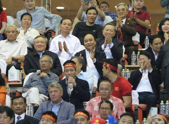 Thủ tướng mong tuyển Việt Nam thi đấu ngoan cường, sáng tạo, giành thắng lợi chung kết AFF Cup