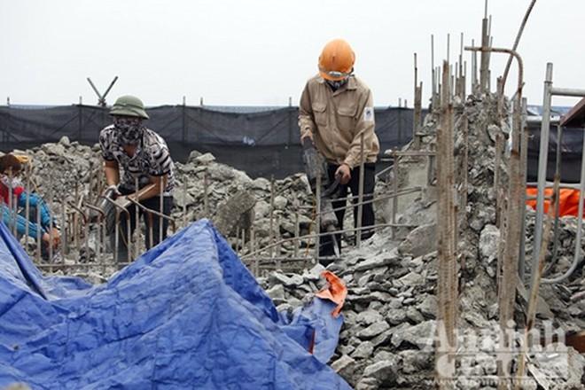 Cưỡng chế phá dỡ hạng mục xây dựng sai phép ở một công trình vi phạm