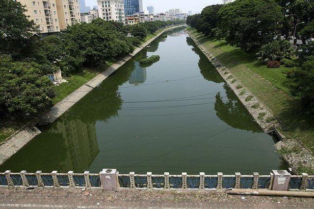 Hà Nội sẽ từng bước làm sống lại sông Tô Lịch