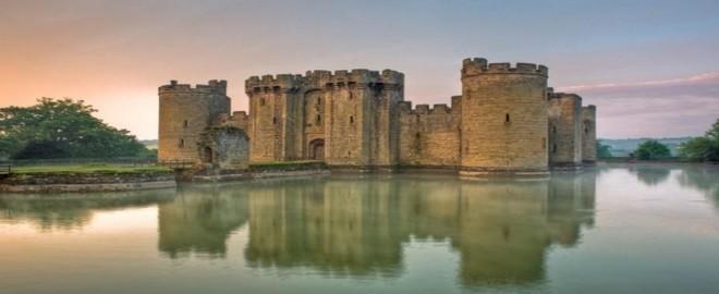 Hình ảnh Lâu đài cổ Bodiam ở Anh Quốc