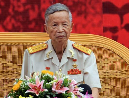 Anh hùng Lực lượng vũ trang nhân dân La Văn Cầu