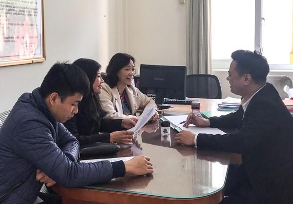 Tiếp công dân tại UBND phường Hạ Đình sáng 30-1