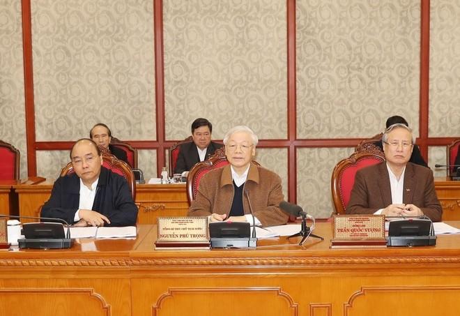 Tổng Bí thư, Chủ tịch nước Nguyễn Phú Trọng chủ trì phiên họp của Bộ Chính trị về công tác phòng, chống dịch COVID-19