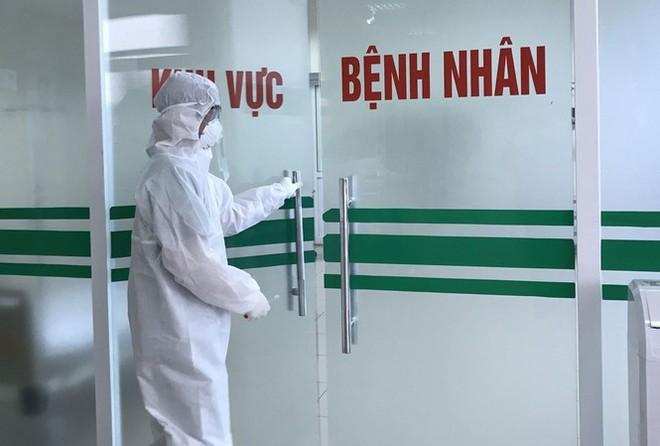 Thêm 1 trường hợp nhập cảnh mắc Covid -19, Việt Nam có 334 ca